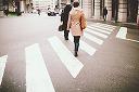 フェイスブック ブログ 歩く姿 縮小版.jpg